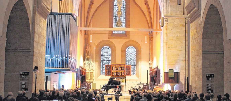 """""""Kirche erfüllen und verändern"""" – Nienburger Zeitung vom 07.09.2015"""